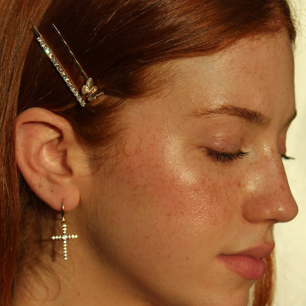 Drama Bobby Pins in Gold