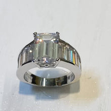 Load and play video in Gallery viewer, Art Deco Inspired 5A Zirconia Cocktail Ring