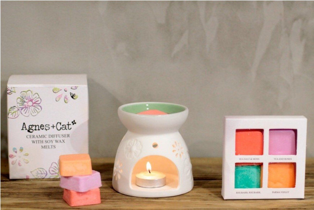 Agnes & Cat Soy Wax Melts With Ceramic Diffuser. Agnes & Cat Twelve Silver Trees