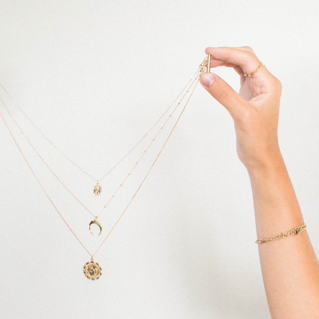 Attaching a Necklace to Necklace Detangler