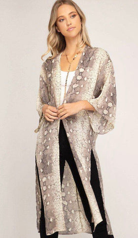 Social Butterfly boutique, fall fashion trends, kimono, snakeskin print, unique style, animal print