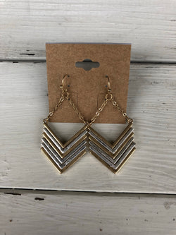 Gold & Silver Chevron Fishhook Earrings Take your outfit to the next level with OC Social Butterfly's accessory collection. Our collection of earrings is one of a kind. Simple, beautiful and elegant pieces can complete any look. Ships from the USA, unique style, fashion trends, jewelry