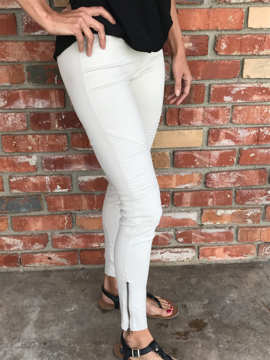 Light Grey Moto Jeggings with Stretch Fit by Beulah  Take your outfit to the next level with OC Social Butterfly's hand selected, specially curated stylish pants. You can't go wrong a great pair of distressed skinny jeans, comfy joggers or linen pants.  Ships from the USA