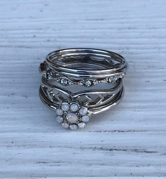 Set of 5 Silver Rings with Flower and Dainty Designs