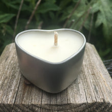 Candle in heart shaped tin - citronella