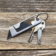 Quark Tool - The Minimal Keychain Utility Knife