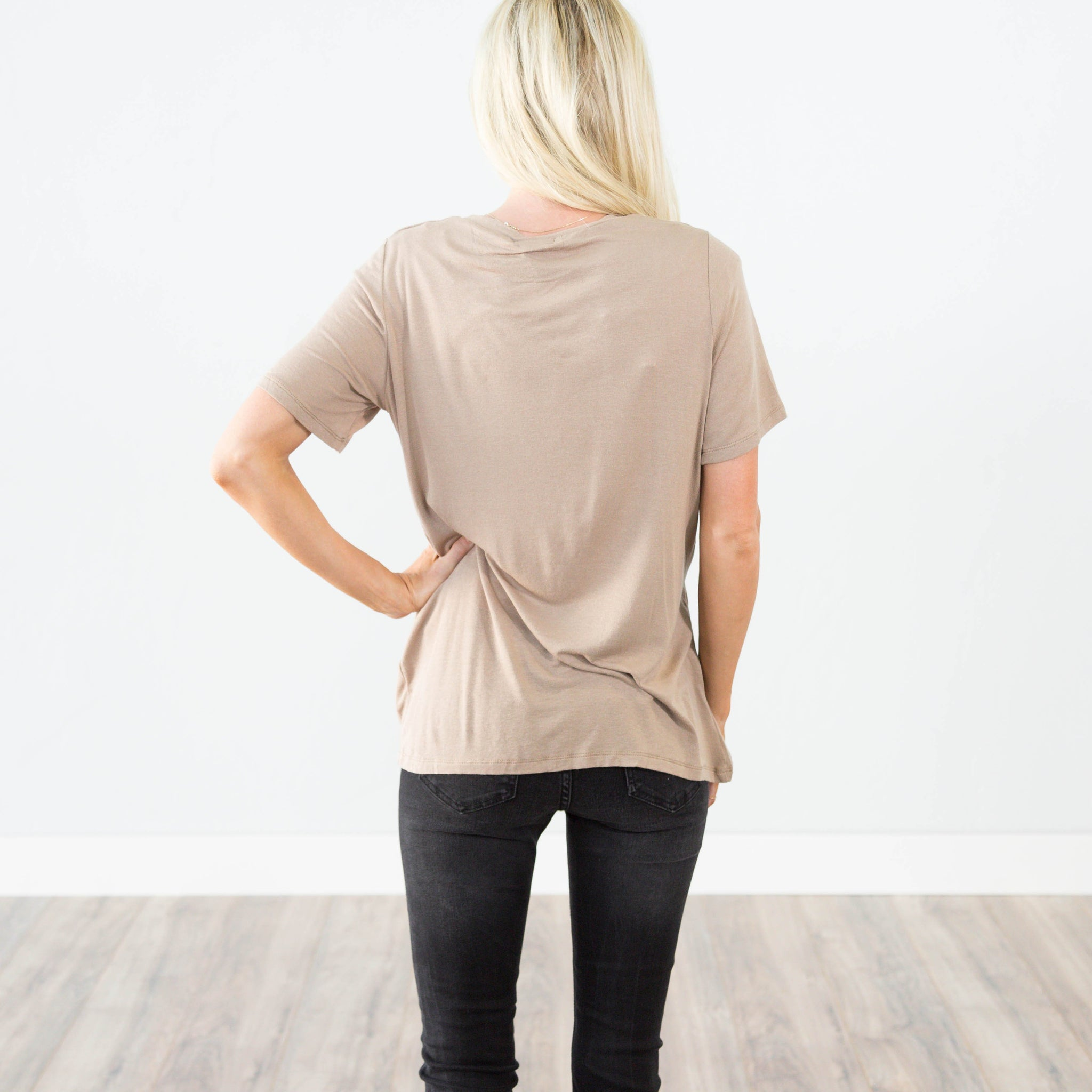 Lexie Tee in Mocha