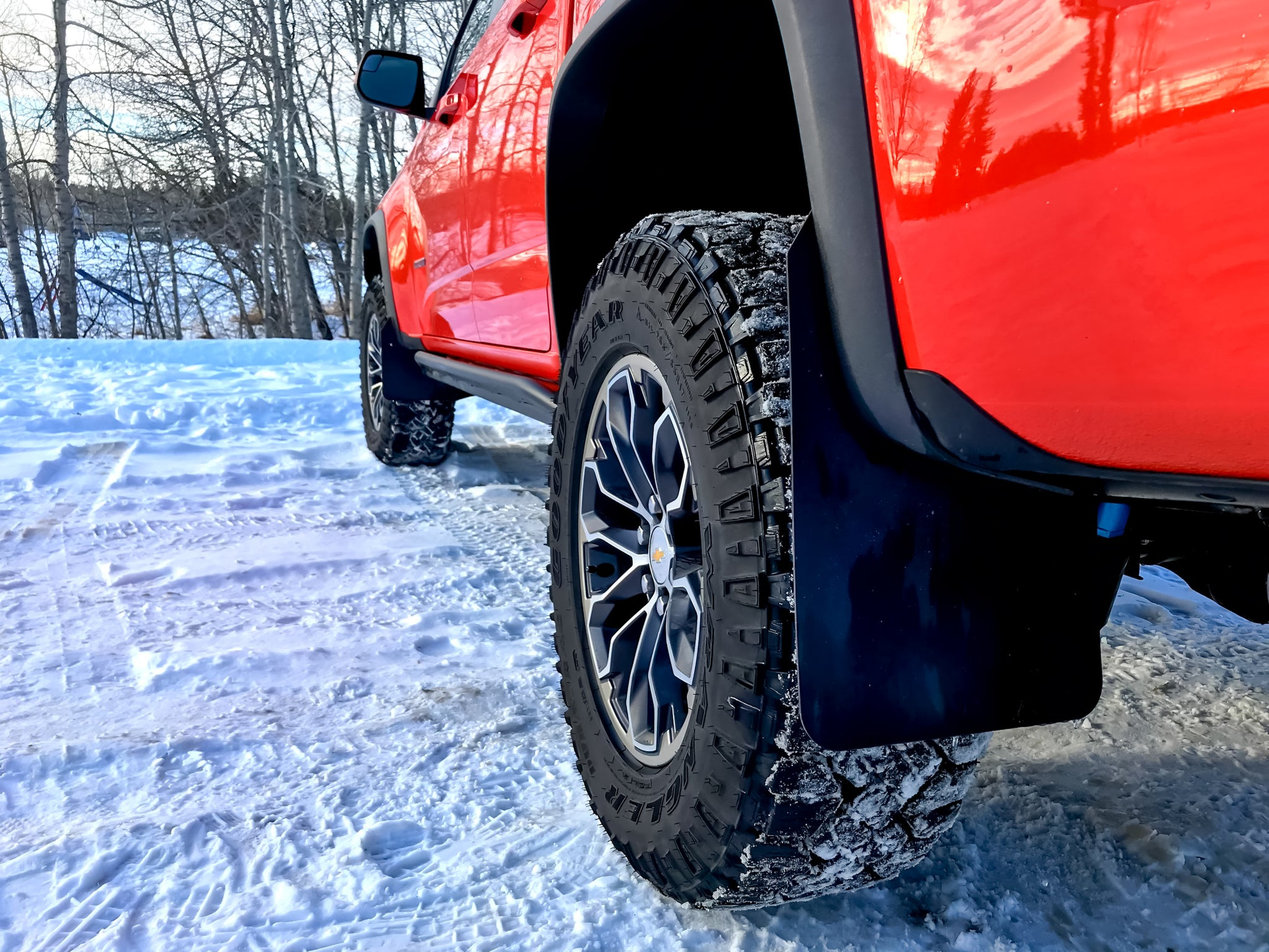 Colorado ZR2 No-Drill Mud Flaps