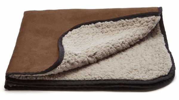 Truffle - milk chocolate bar brown with putty colored fleece