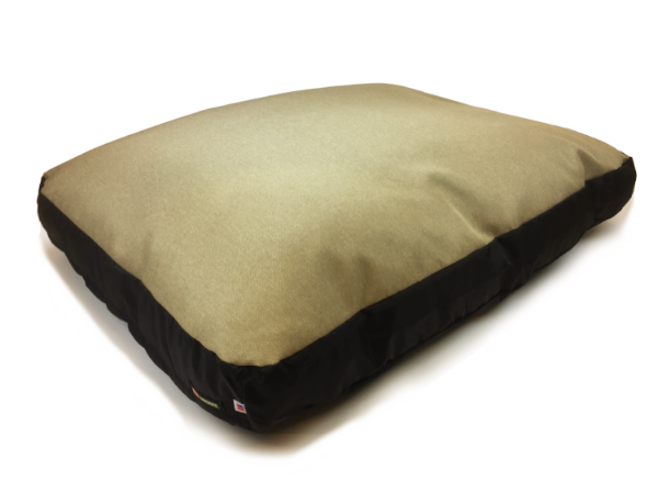 Original Bed in Sand (washable and dryable polyester).