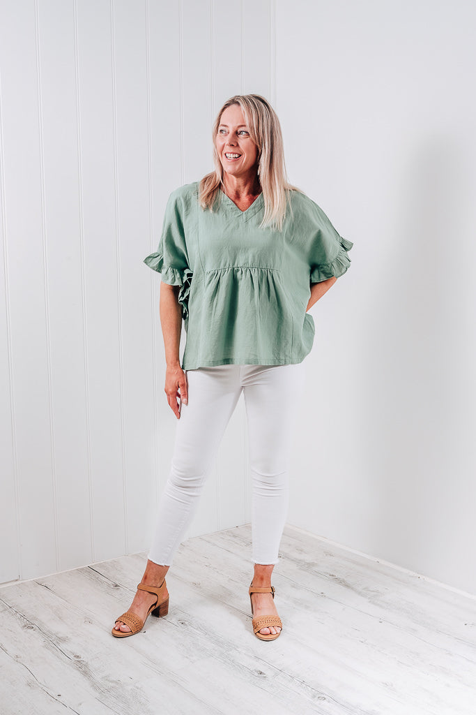 TIANNA RUFFLE SLEEVE TOP - WASHED SAGE