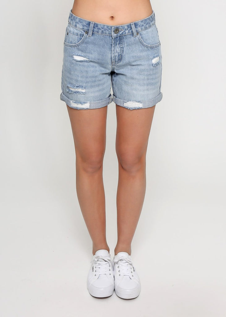 ALEX DENIM SHORTS - LIGHT BLUE WASH