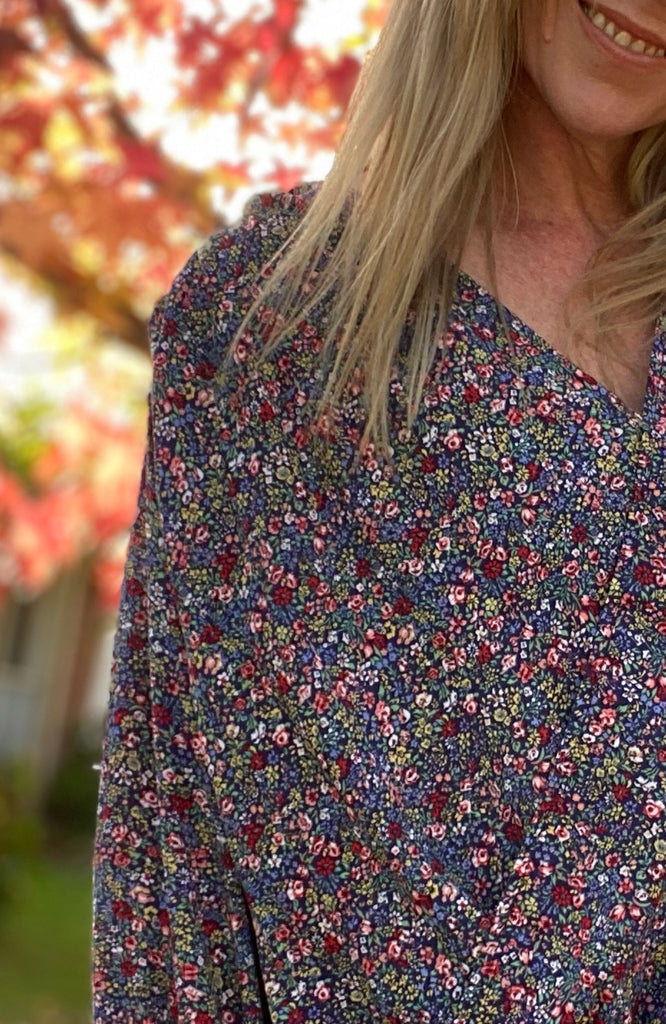 AMALIA TOP - NAVY FLORAL