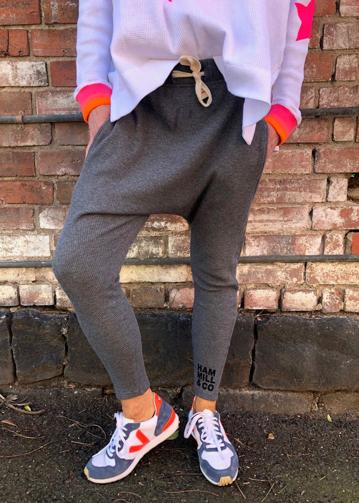 SLOUCHY WAFFLE PANT - CHAR