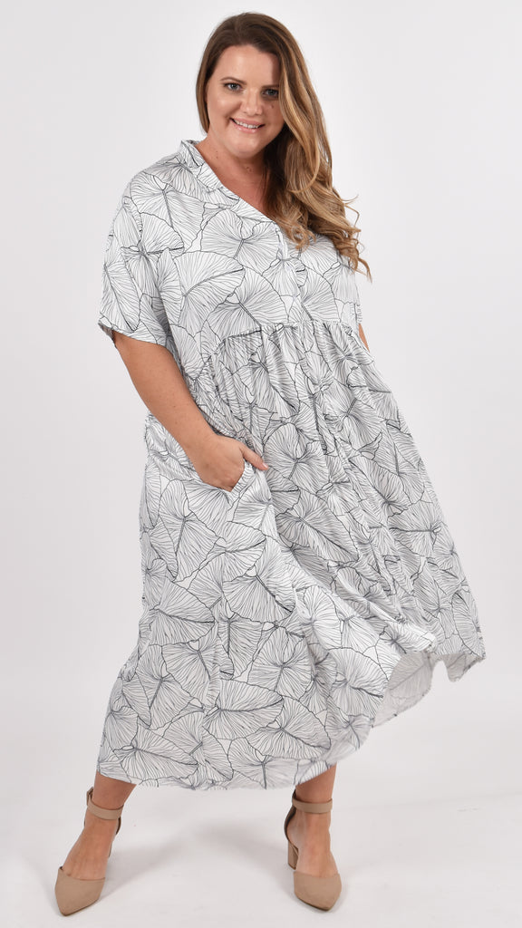 SHORT SLEEVE PEAK MAXI DRESS - COASTAL DREAM