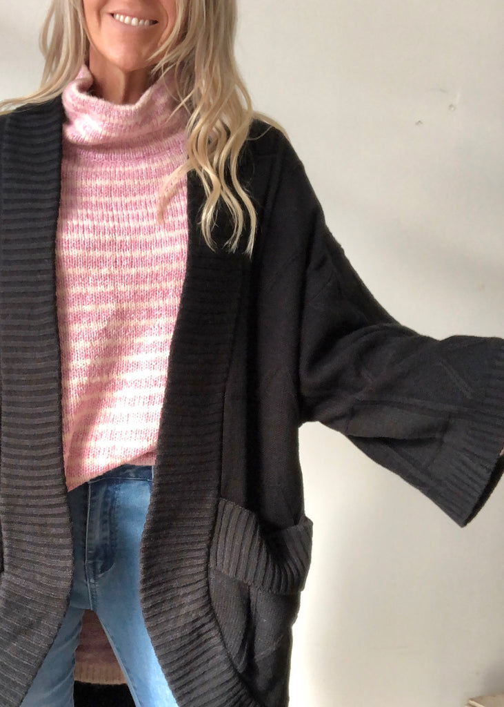 ASTRID CABLE CARDI - BLACK