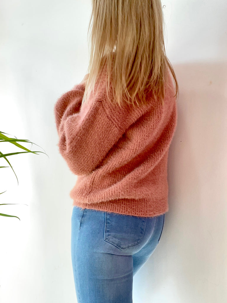 KENNEDY FLUFFY KNIT - ROSE PINK