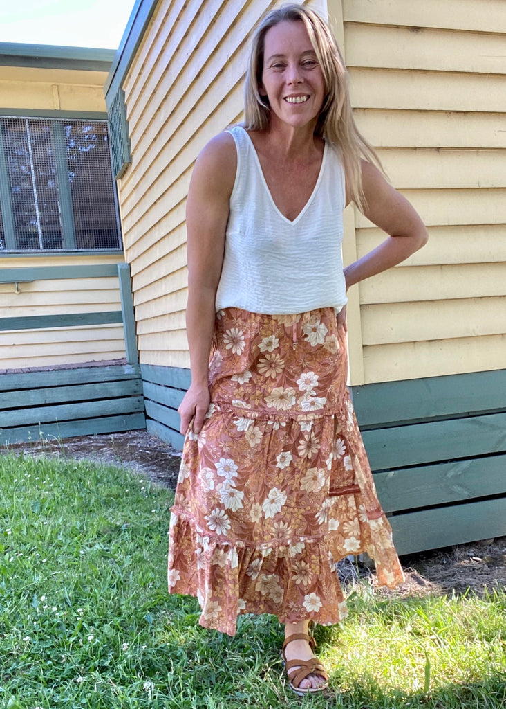ROCKY ROAD WOVEN SKIRT - TAN