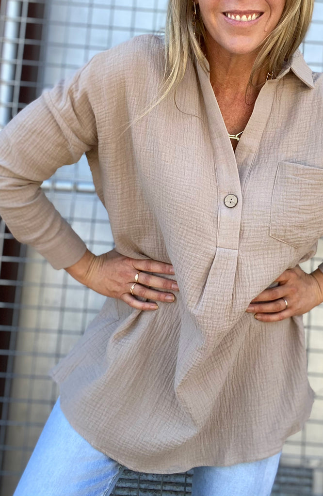 LACEY CRUSHED BOYFRIEND SHIRT - LATTE