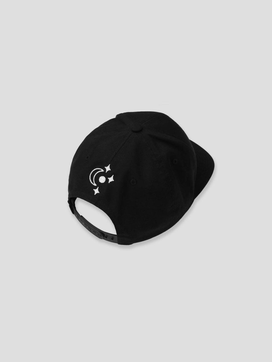 Strange Adventures Hat (Black / White)