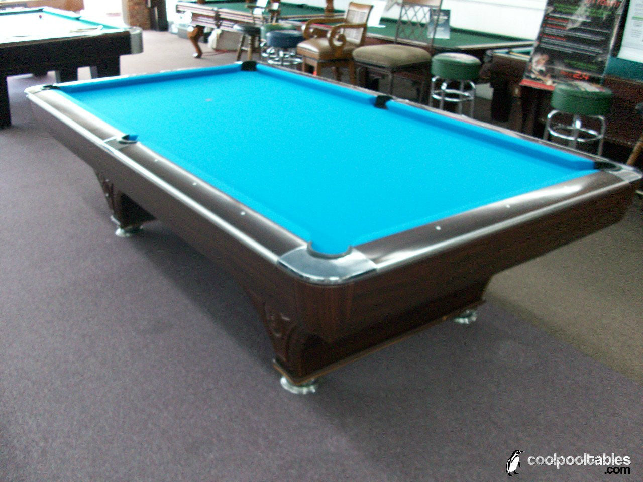 Used 9u0027 Hollywood Pool Table With Silent Ball Return
