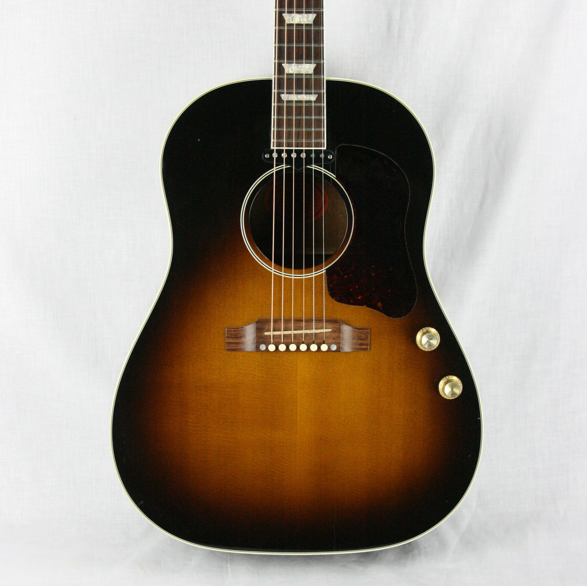 1999 Gibson J-160E Acoustic Electric Guitar Sunburst w/ case! John Lennon Beatles, plays/sounds great!