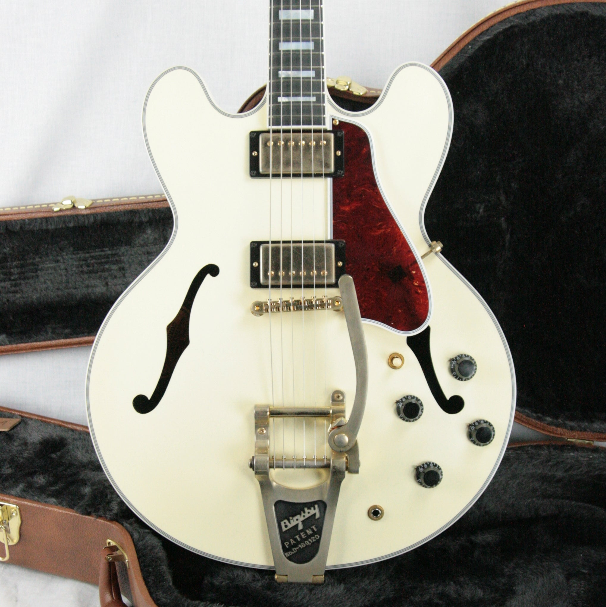 2017 Gibson ES-355 VOS in WHITE! Bigsby, Gold Hdwr! Memphis 345 335 LTD