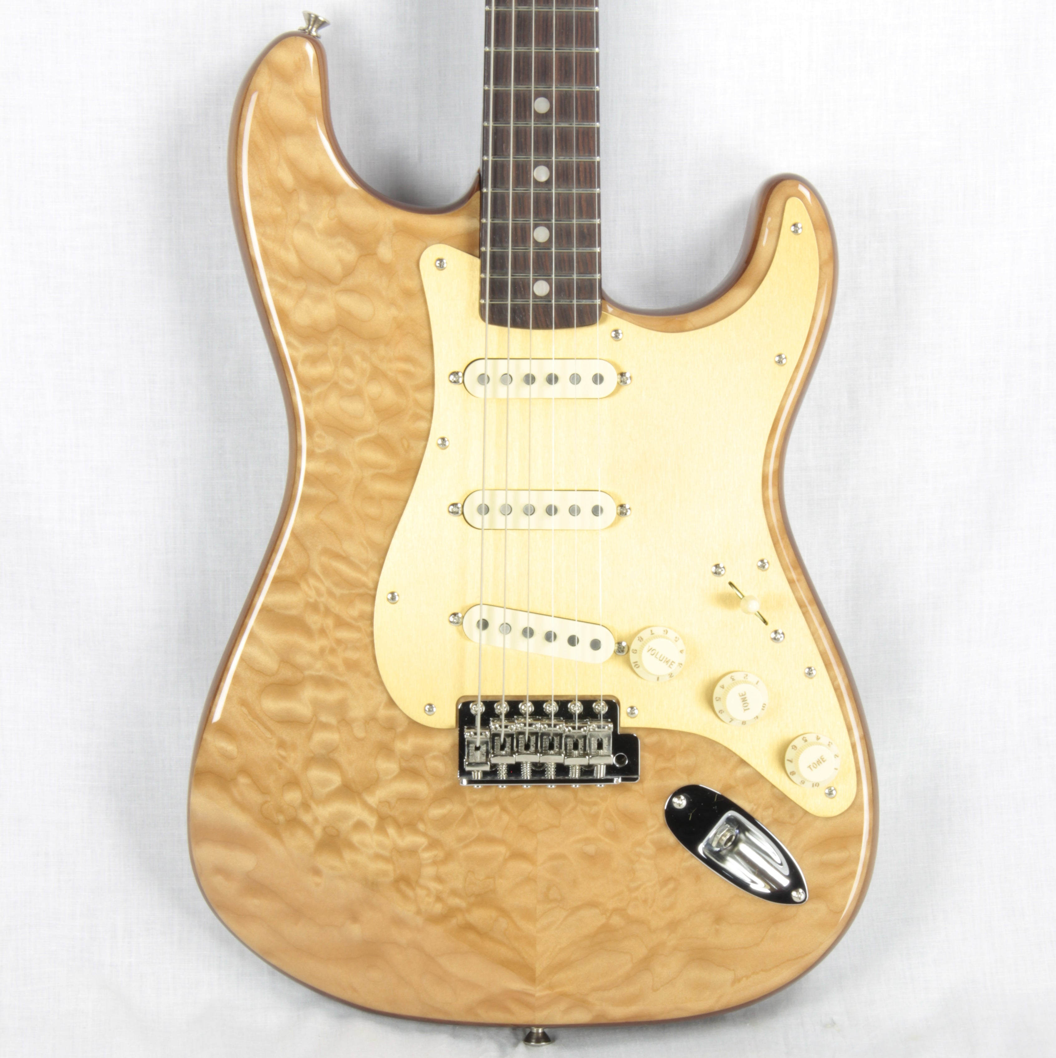 2019 Fender USA Rarities Quilt Maple Top American Original '60s Stratocaster Natural Rosewood Neck Strat