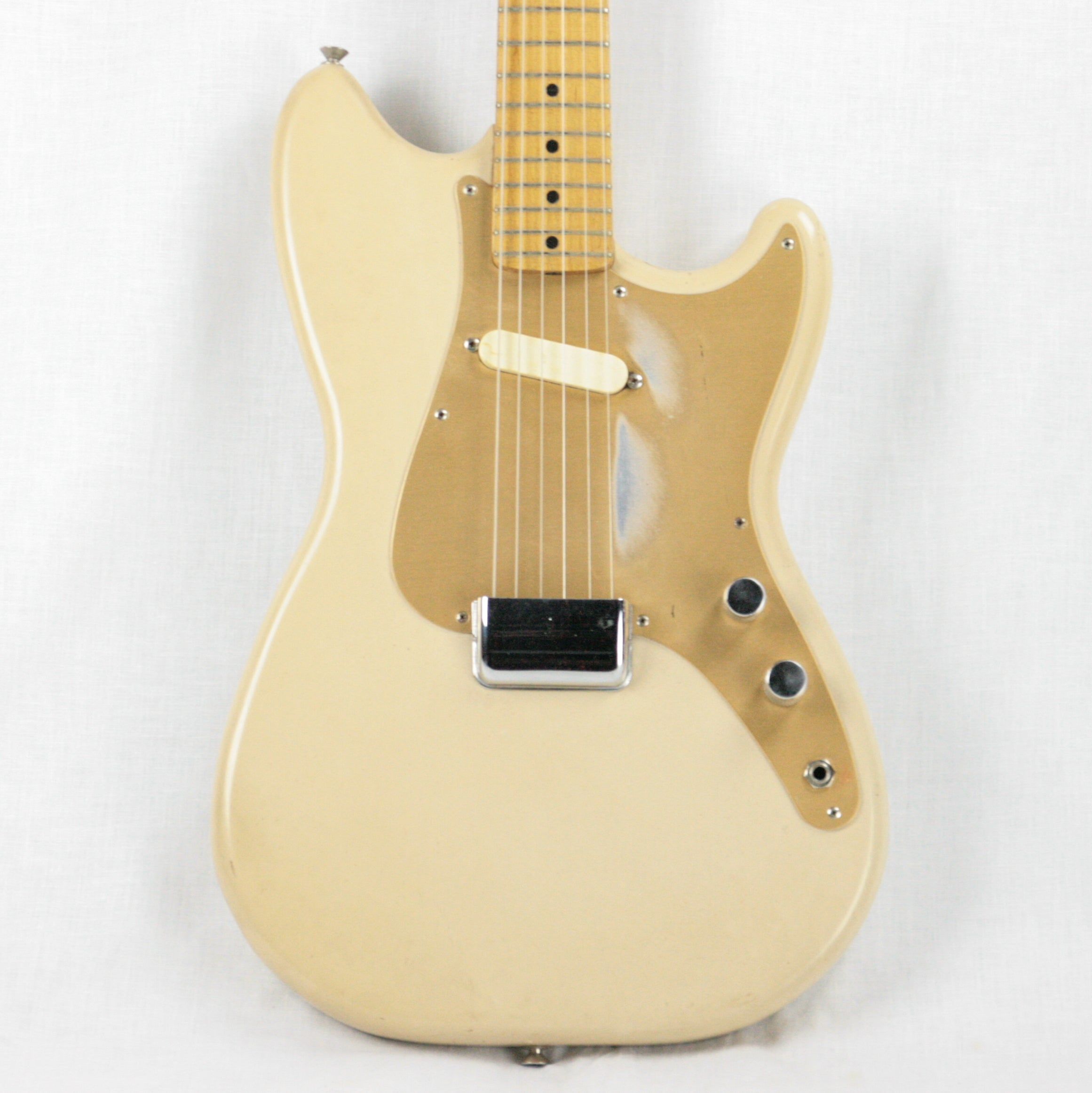 1958 Fender Musicmaster Desert Sand w/ Gold Anodized Guard Bulwin Case! duo sonic 1pu