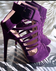 Shop sexy caged purple heels at CoccaBee Shoes. The shoe boutique with trendy heels for every woman. Shop these purple heels and watch heads twirl. Now shipping at CoccaBee Shoe Boutique, Charlotte's premier destination for women's shoes.