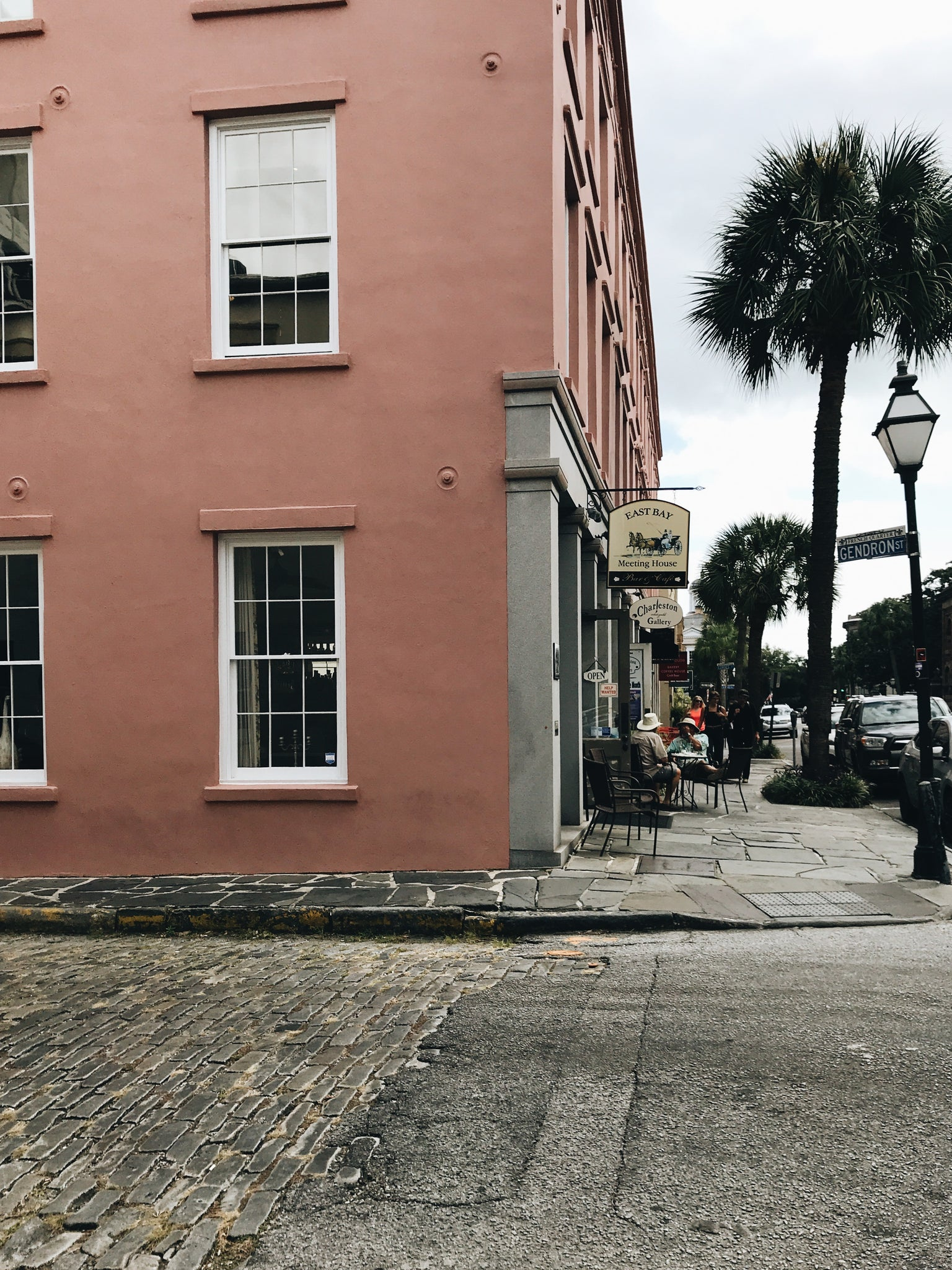 MONTGOMERY COLLECTION | CHARLESTON, SOUTH CAROLINA