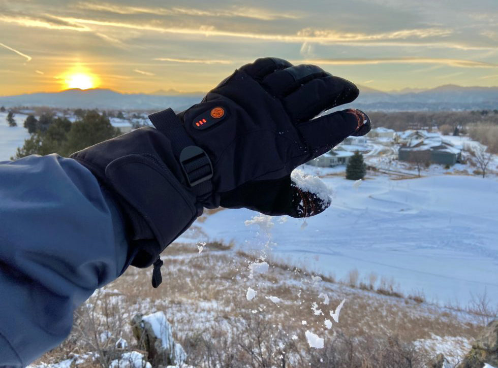 "ORORO ""Calgary"" Heated Gloves: Cold Fingers No More!"