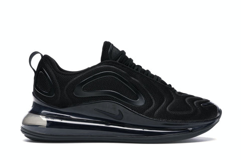 Nike Air Max 720 Triple Black   Supreme & Sneakers resell E-Shop - Prague-Boutique.cz