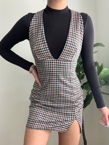 PREPPY GIRL PLAID DRESS