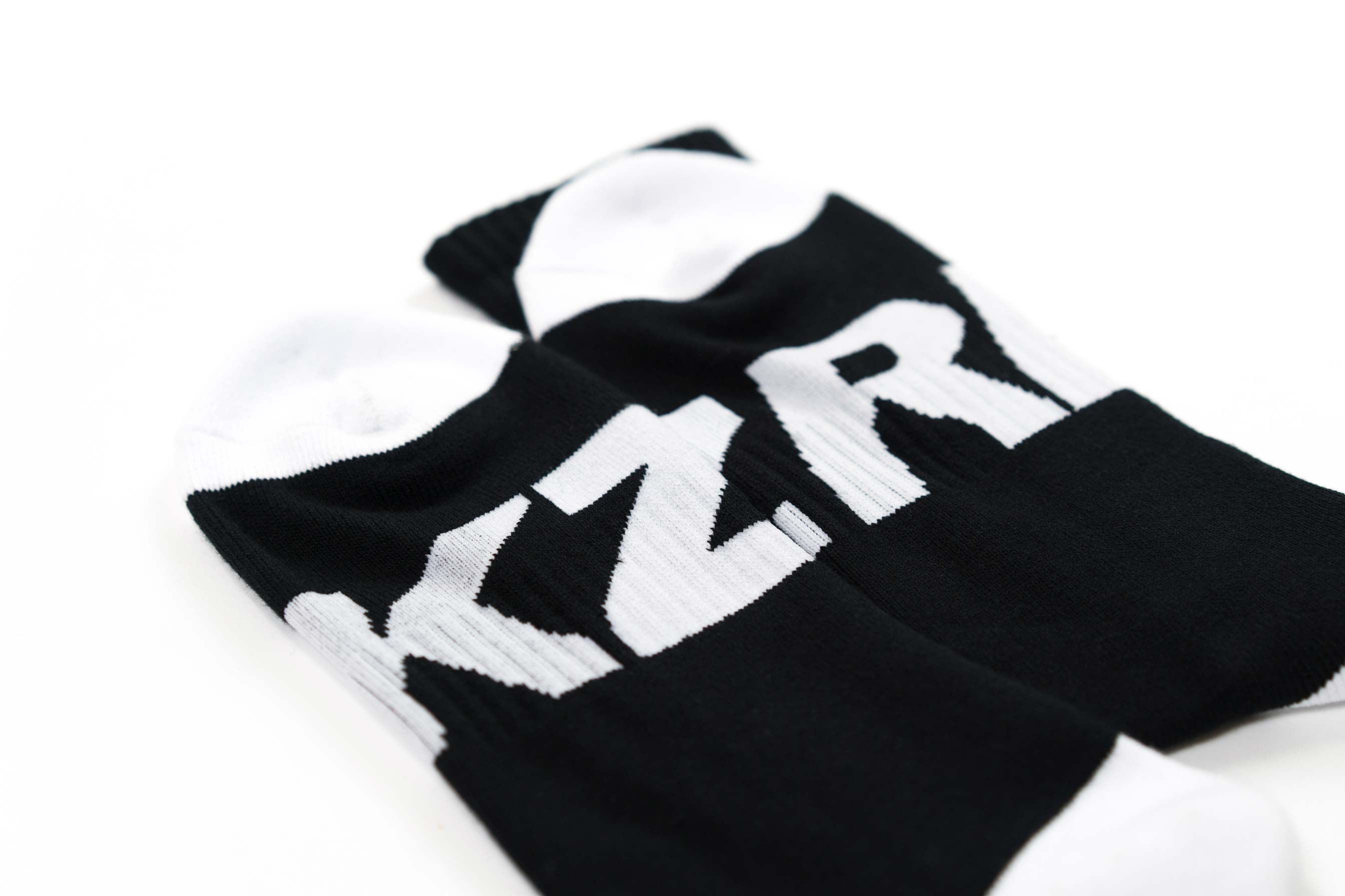 ZRK CREW SOCKS // BLACK & WHITE
