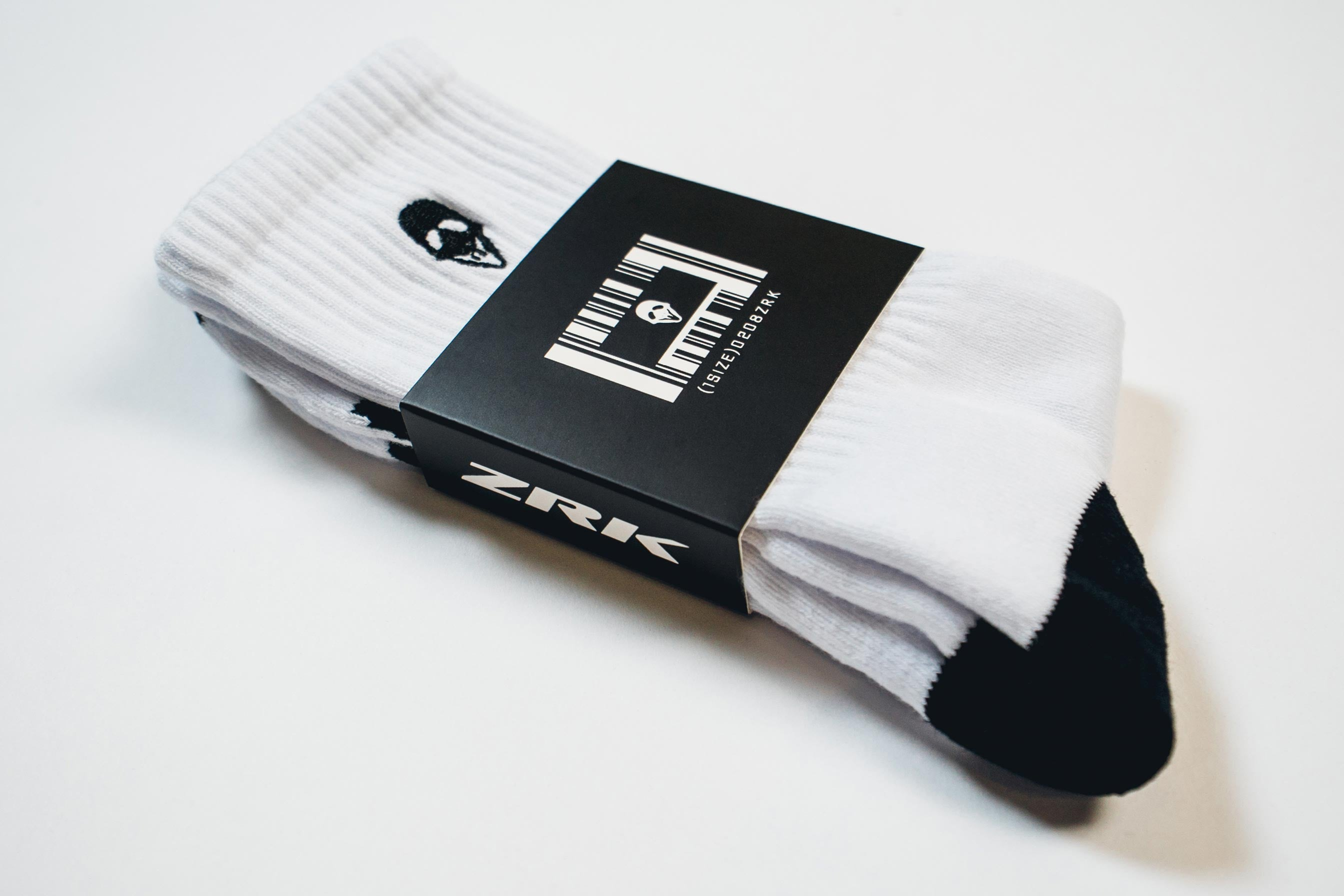 ZRK CREW SOCKS // WHITE & BLACK