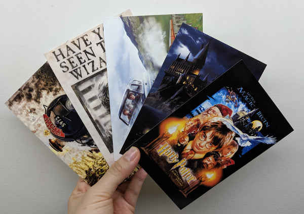 [FREE with USD20 purchase!] Harry Potter Postcard Bundle 5pcs