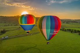 Valentine's Day Balloon experience Byron Bay
