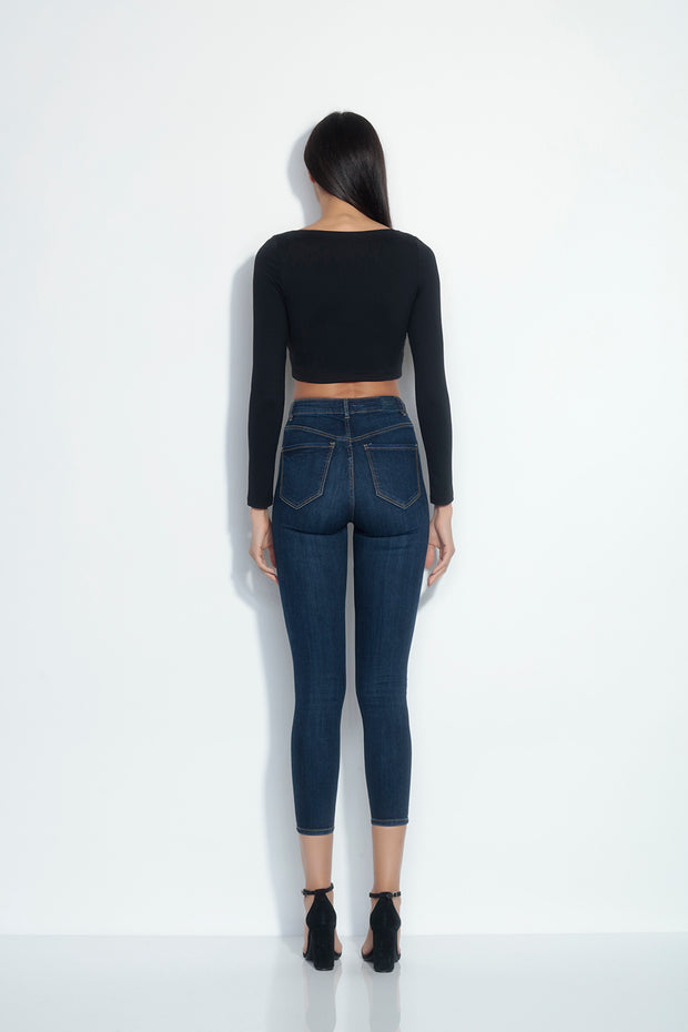 long sleeve square neck top (at waist)
