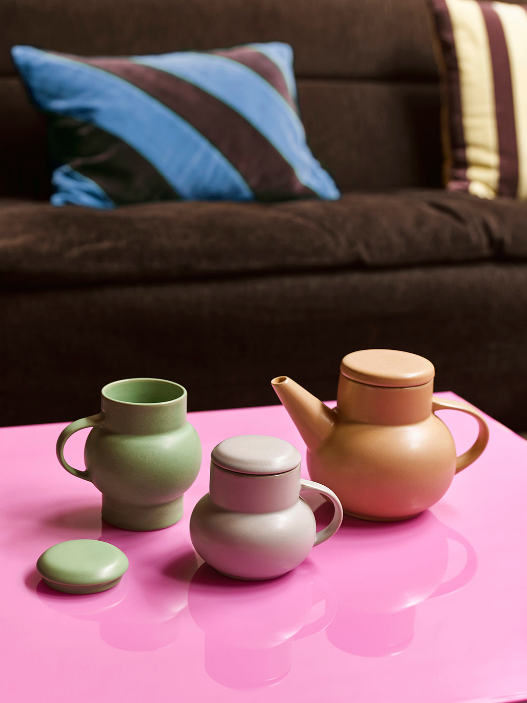 Ceramic bubble tea pot sand