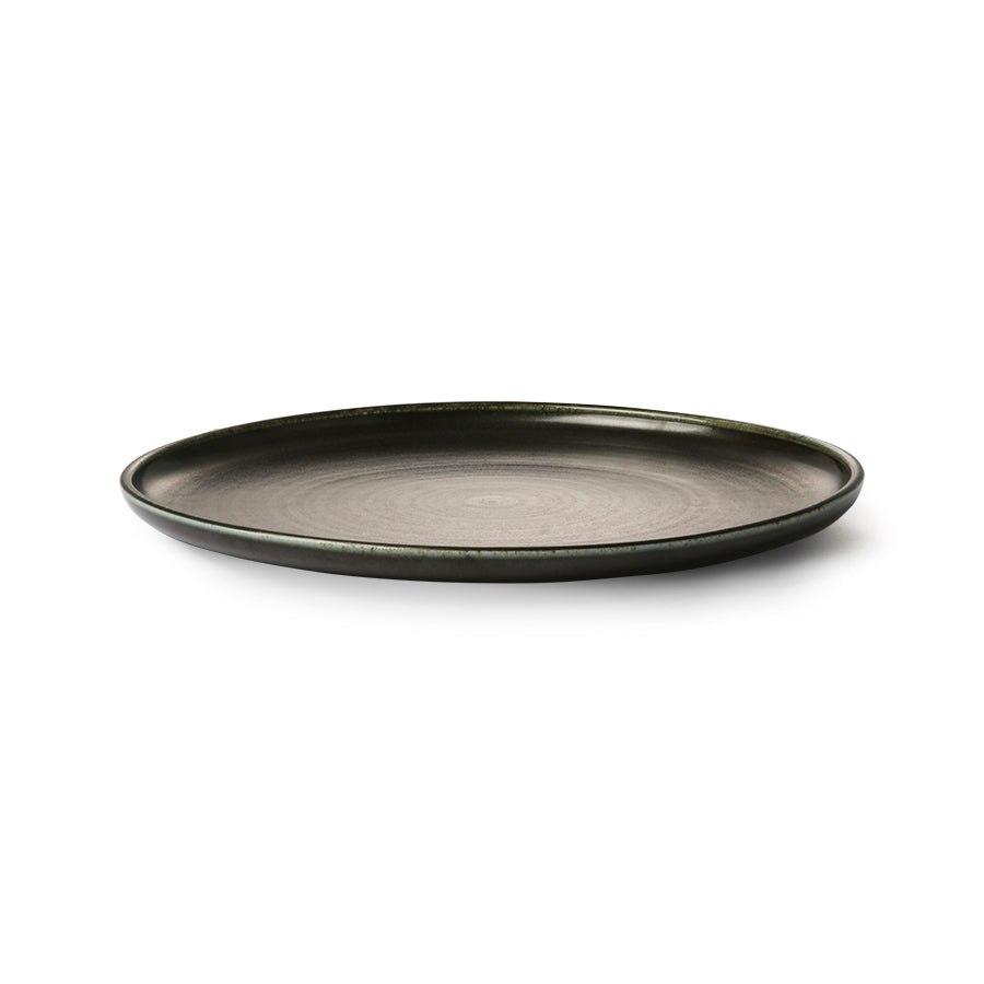 Home chef ceramics: dinner plate rustic black