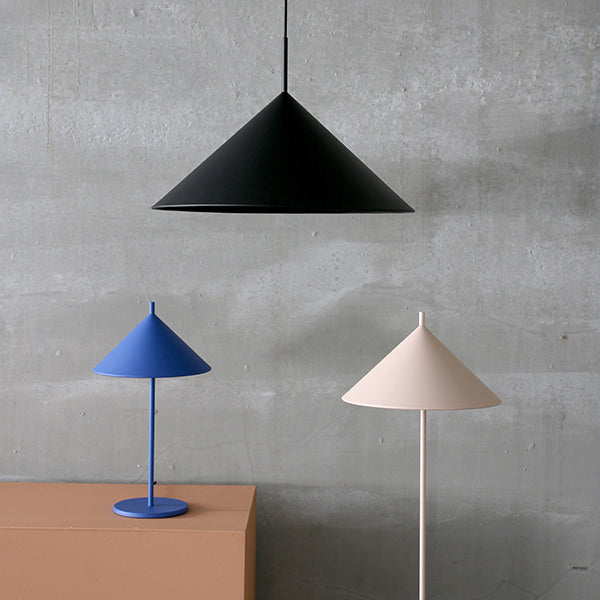 Metal triangle table lamp M cobalt