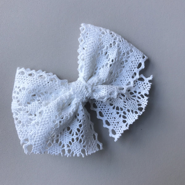 Lace 'Evie' Bow - White