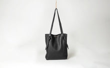 Ingrid Starnes leather tote, nappa, black
