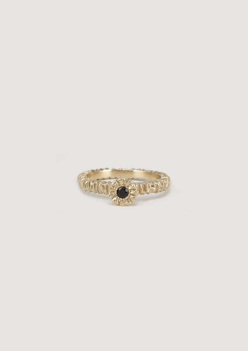 Mini teeth gem ring, 9ct gold, garnet