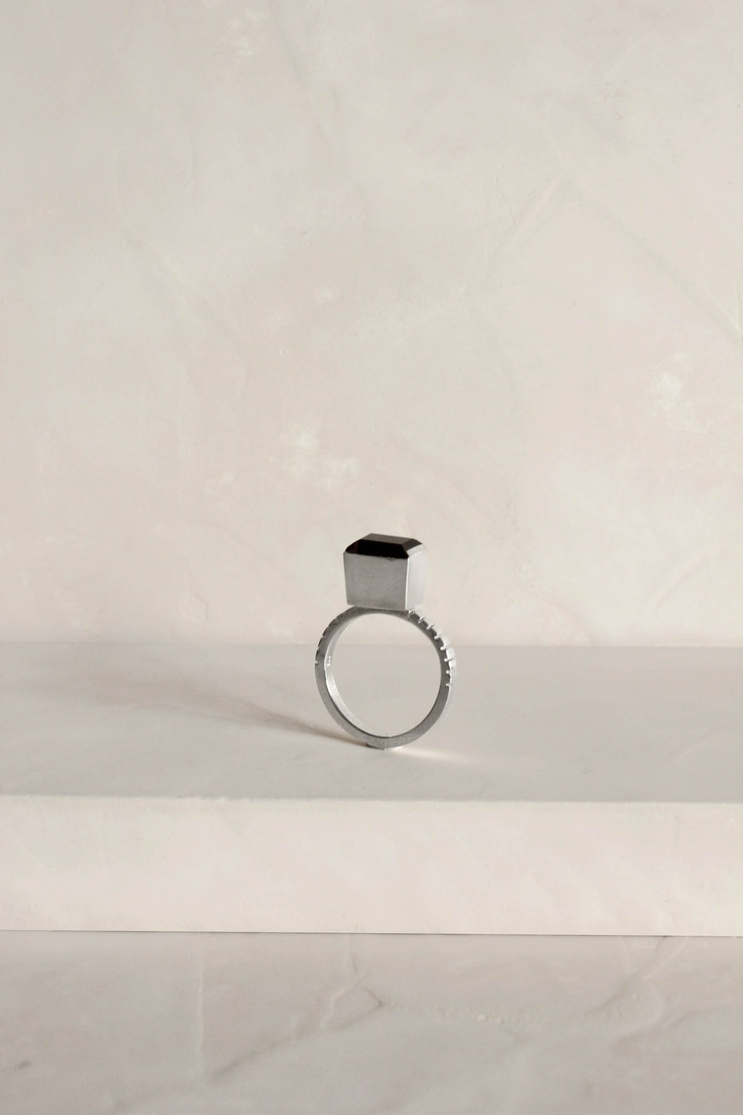 Series 4, ring 1, sterling silver, garnet