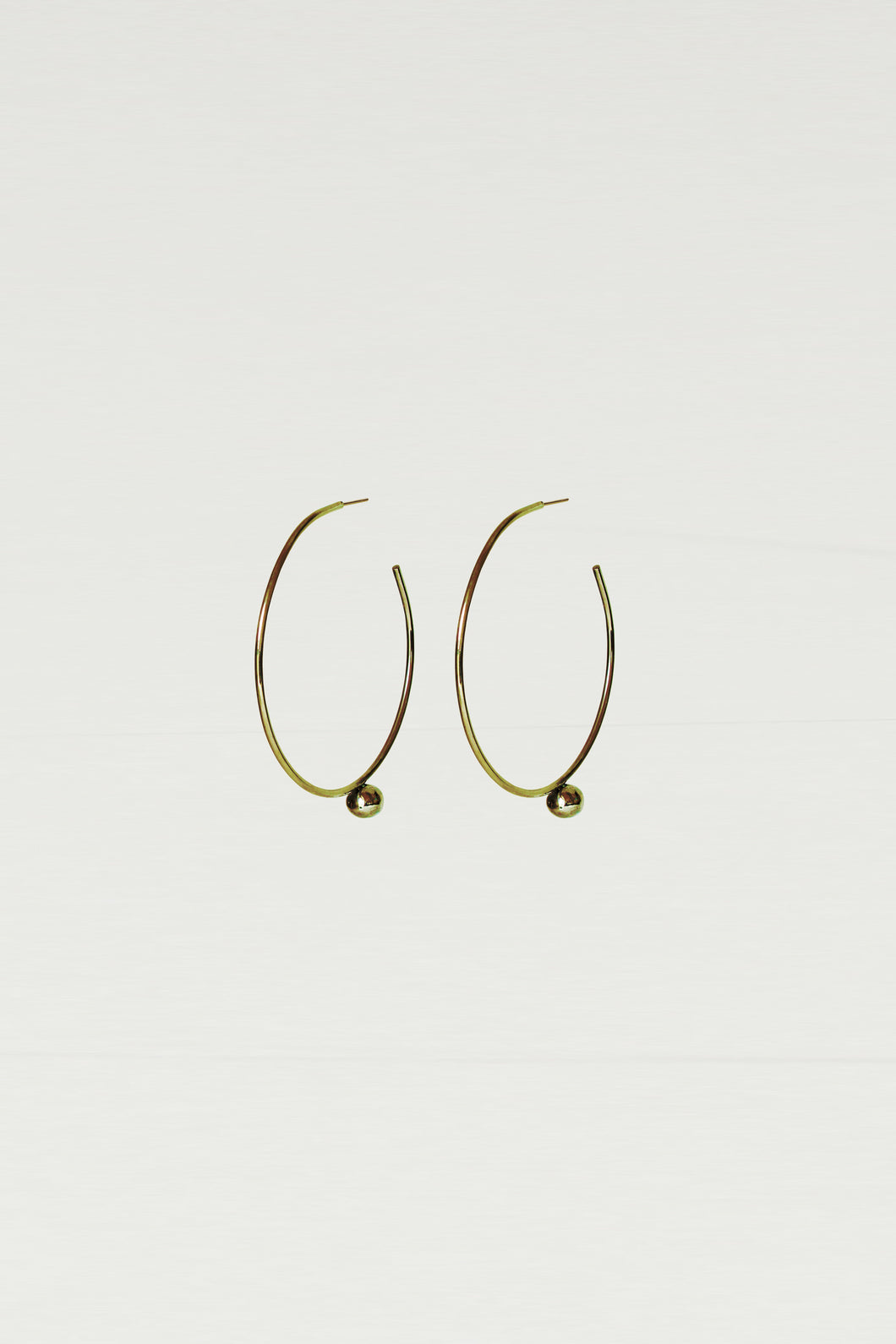 Series 6, earring 2, gold