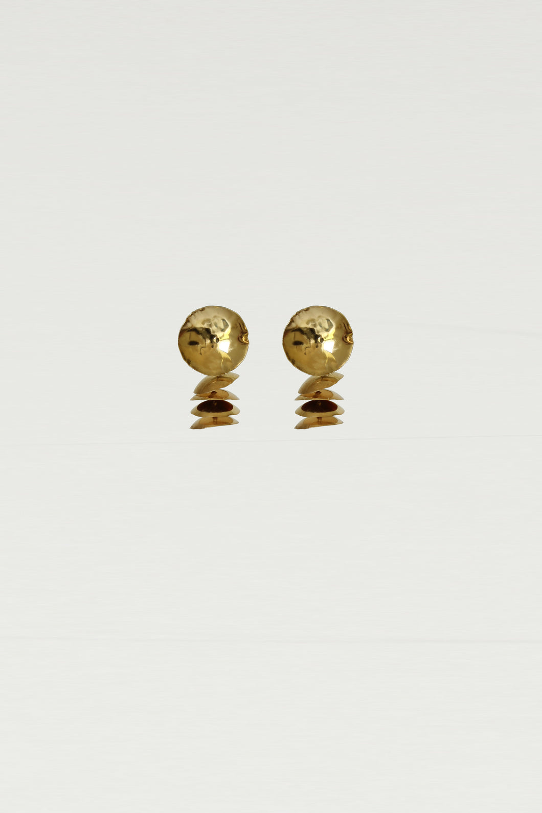 Series 6, earring 4, gold - PRE-ORDER