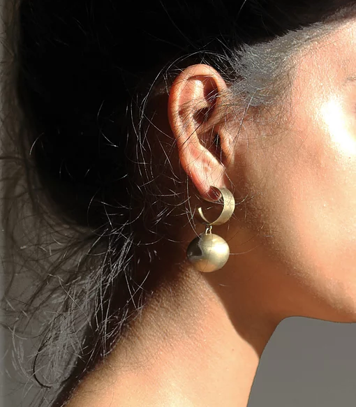 Series 5, earring 1, gold plated
