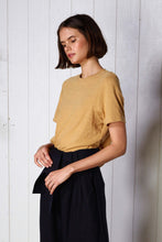 Rembrant t-shirt, mustard